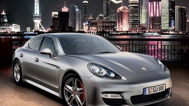Porsche panamera turbo: Vendarle! (foto: Porsche)