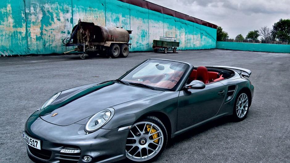 Porsche 911 turbo S: Super avto (foto: Michael Görmann)