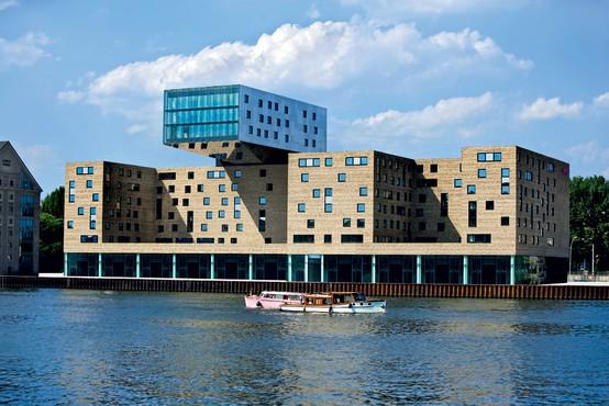 Šik hotel nhow v Berlinu - prvi svoje vrste v Evropi!