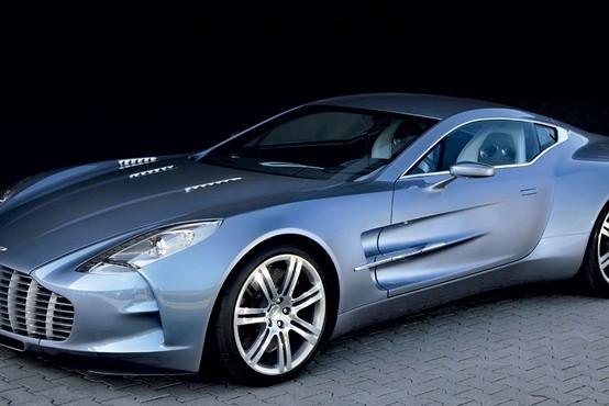 Kaj rečete ali vsaj pomislite, ko slišite Aston Martin?