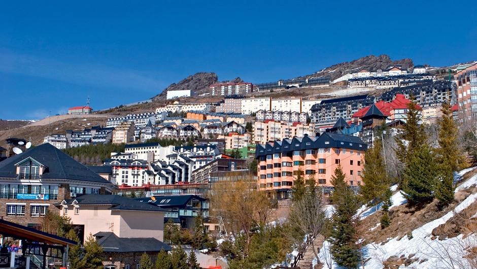 Špansko smučarsko središče Sierra Nevada (foto: Shutterstock)