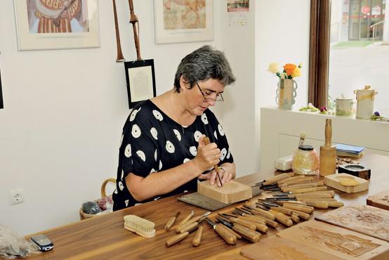 Petra Plestenjak Podlogar ustvarja čudovite lesene kreacije