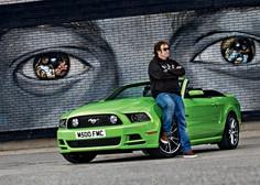 Ford Mustang 5.0: Njegov pogled