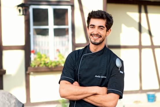 Intervju s kuharjem Anžetom Gorencem, ki želi z okusi obuditi spomine na otroštvo