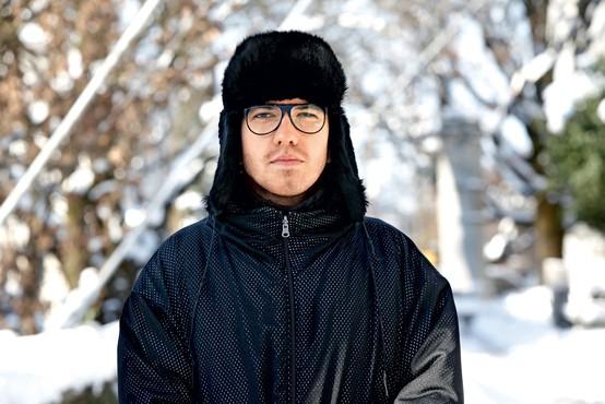 """Intervju z oblikovalcem Petrom Movrinom: """"Vame vsi verjamejo, ampak to sem si moral izboriti"""""""