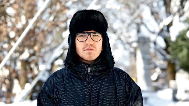 """Intervju z oblikovalcem Petrom Movrinom: """"Vame vsi verjamejo, ampak to sem si moral izboriti"""" (foto: Helena Kermelj)"""