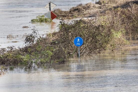 Vremenske razmere: Arso opozarja na naraščanje rek ob koncu tedna