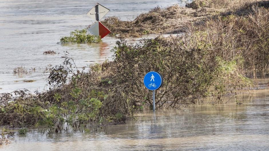 Vremenske razmere: Arso opozarja na naraščanje rek ob koncu tedna (foto: profimedia)