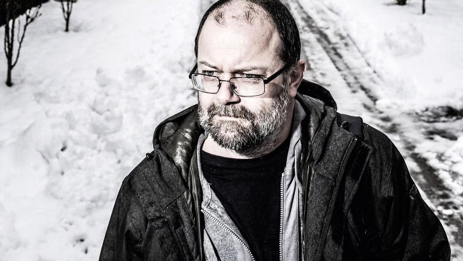 Andrej E. Skubic: Ko pišem, si preprosto želim napisati čim boljše besedilo, takšno, ki me bo prepričalo (foto: Bor Dobrin)