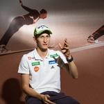 Najboljši smučarski skakalec Peter Prevc o rekordih, brcah v zadnjico in žuriranju (foto: Bor Dobrin)