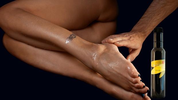 Preverili smo, ali je ekstra deviško oljčno olje lahko alternativni nadomestek masažnih olj (foto: Playboy Press)