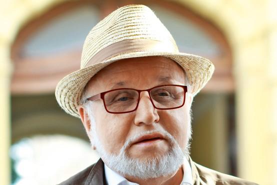 Dr. Evgen Bavčar: Slepi fotograf, ki s svojim prispevkom v umetosti in literaturi presega vse meje