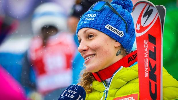 Ilka Štuhec zaradi poškodbe ogrozila celotno olimpijsko sezono (foto: profimedia)