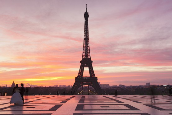 Eifflov stolp je zaradi stavke zaposlenih zaprt za turiste!