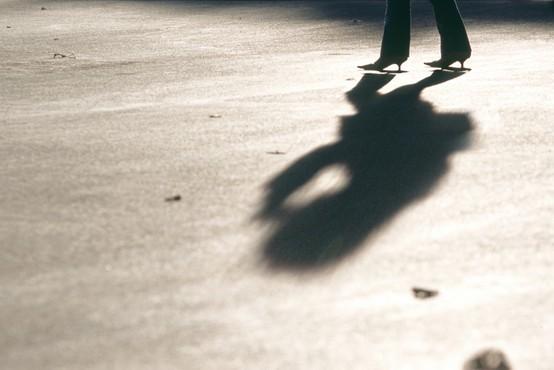 Indija: Policija resno preiskuje silvesterske spolne napade na ženske!