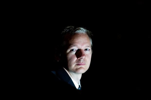 Assange za Fox News: Rusi se niso vpletali v ameriške volitve, se je pa vpletal Obama! (foto: profimedia)