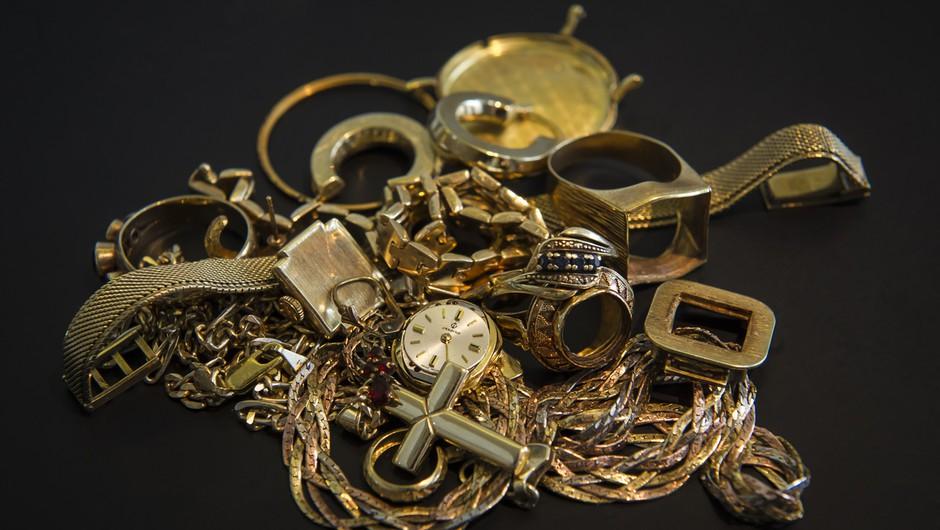 Mariborski policisti iščejo vlomilca, ki je odnesel za 30.000 evrov zlata! (foto: profimedia)