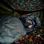 V divjini z neustrašno Sašo Lendero (foto: Matjaž Žnidaršič)