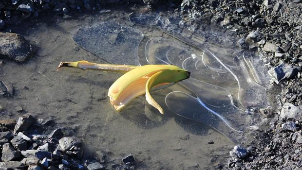 Na UKC je zaradi padcev in zlomov gneča! Razglašen zeleni alarm za množične nesreče! (foto: profimedia)