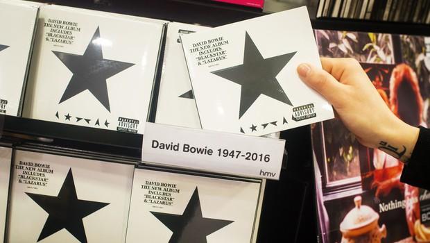 Blackstar po glasbenikovi smrti najbolje prodajani Bowiejev album! (foto: profimedia)
