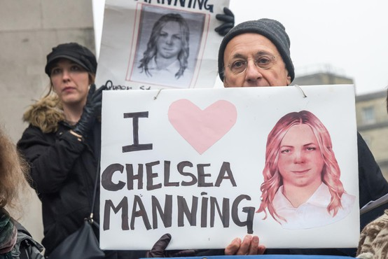 Chelsea Manning so po dveh mesecih izpustili iz zapora