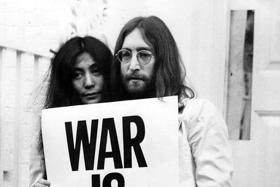 Ljubezenska zgodba Johna Lennona in Yoko Ono bo ovekovečena na filmu
