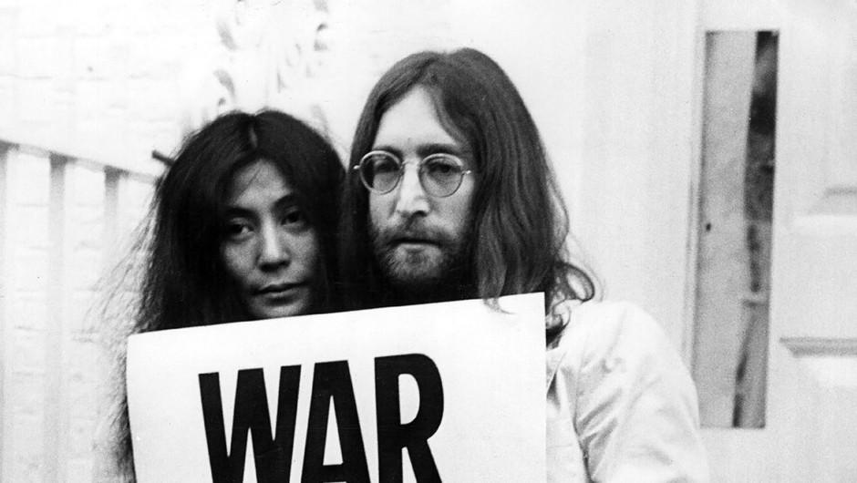 Ljubezenska zgodba Johna Lennona in Yoko Ono bo ovekovečena na filmu (foto: profimedia)