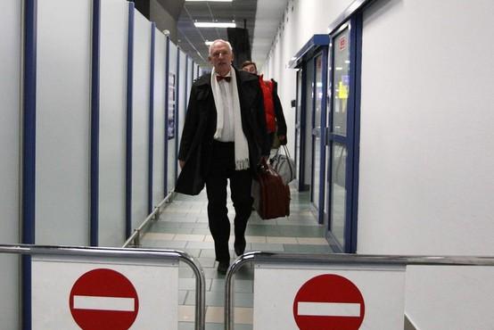 Janusz Korwin-Mikke bo kaznovan za izjavo, da bi morale biti ženske plačane manj, ker ...