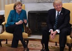 Trump in Merklova v nerodni situaciji glede rokovanja