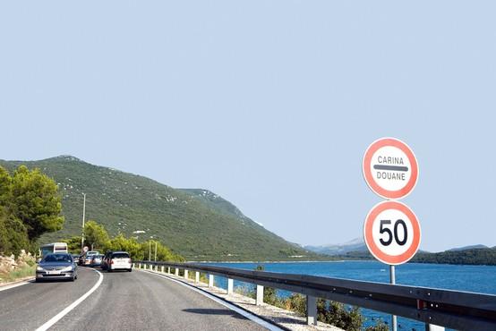 Zaradi gneče na mejnih prehodih na jugu BiH grozijo z blokado meje s Hrvaško!