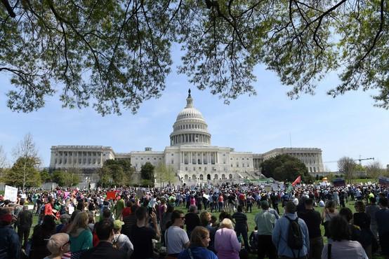 V ZDA protesti zaradi Trumpovega skrivanja davčnih napovedi