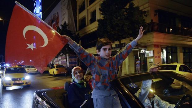 Sum, da je bilo v Turčiji prirejenih do 2,5 milijona glasovnic, ni povsem brez podlage! (foto: profimedia)
