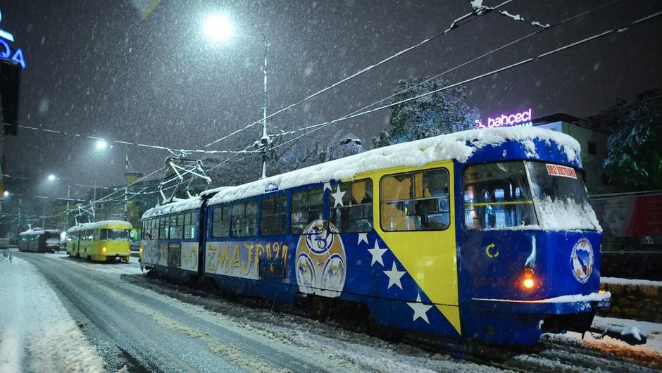 Za vse, ki se odpravljate čez mejo: Sneg ovira promet na Hrvaškem in v BIH! (foto: profimedia)
