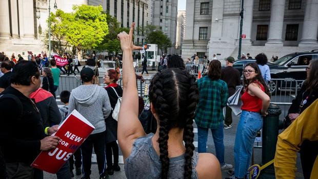 1. maj po ameriško: pohodi, demonstracije, policisti in izgredi! (foto: profimedia)