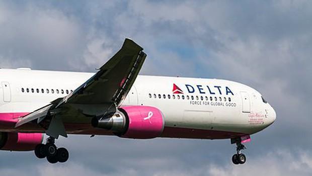 Še en škandal letalske družbe? Tokrat je Delta z letala vrgla družino z otrokom! (foto: profimedia)