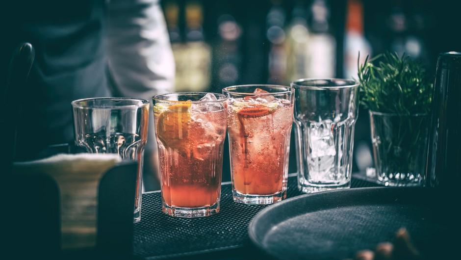Državljani EU vse bolj omejeni pri uživanju pijač, hrane, alkohola in cigaret! (foto: profimedia)