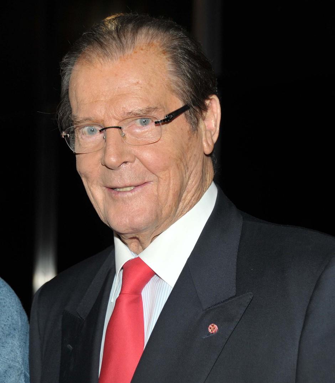 Umrl je britanski igralec Roger Moore! (foto: profimedia)