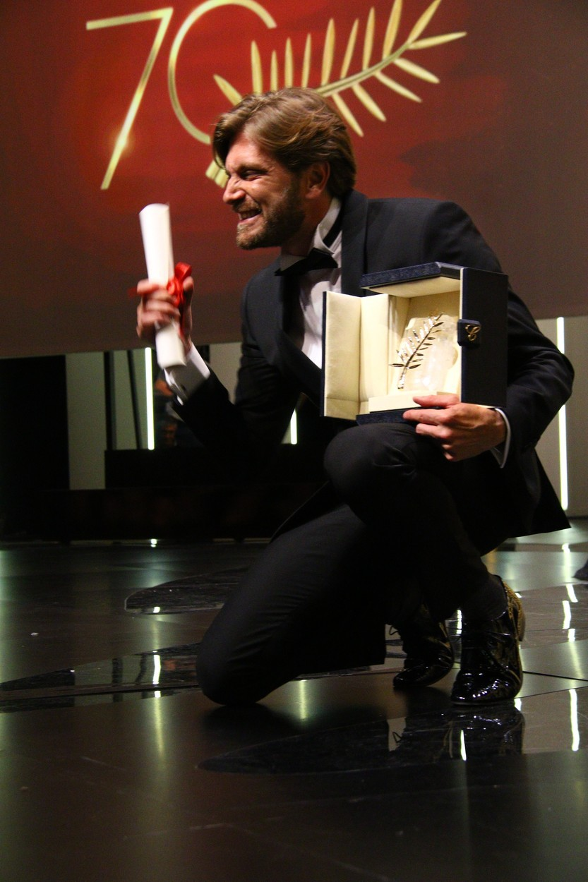 V Cannesu zlata palma švedskemu filmu The Square Rubena Östlunda (foto: profimedia)