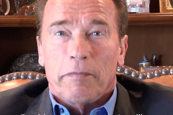 """Schwarzenegger Trumpu: """"En človek ne more uničiti našega napredka."""""""