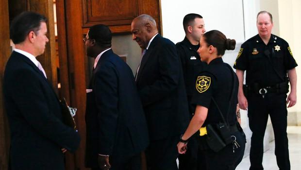 Na sojenju Billu Cosbyju prebrali njegovo izjavo o otipavanju tožnice iz leta 2005 (foto: profimedia)
