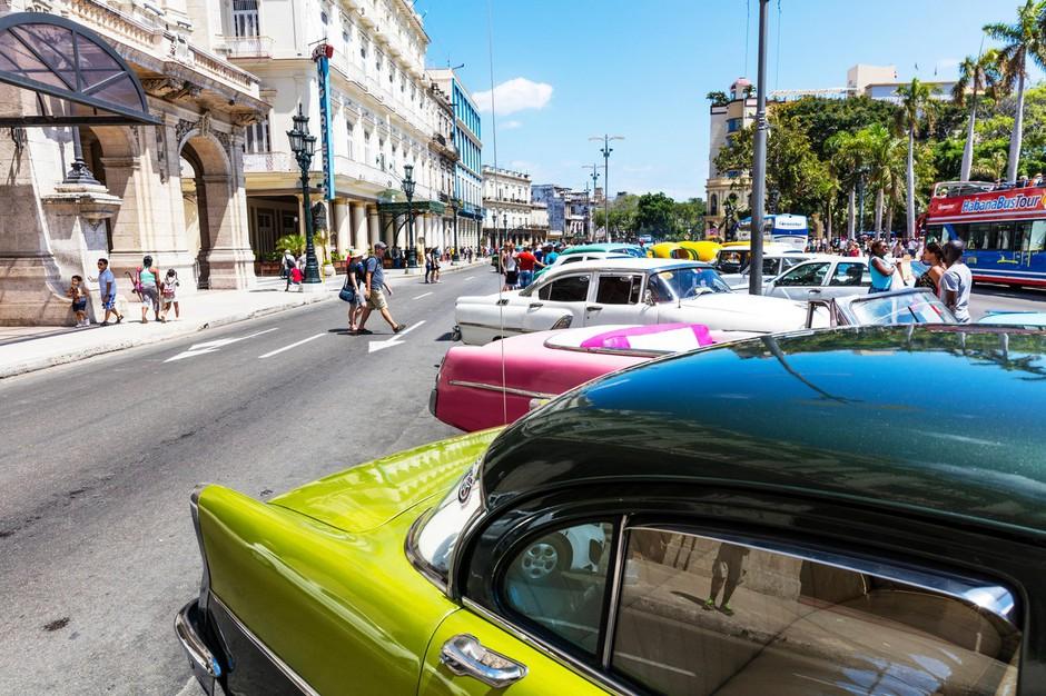 Trump ustavlja Obamovo 'prehitro' normalizacijo odnosov s Kubo! (foto: profimedia)