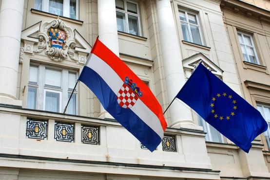 Nemška vlada pričakuje spoštovanje arbitražne odločitve
