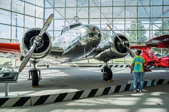 Nov dokumentarni film o izginotju slavne ameriške pilotke Amelie Erhart