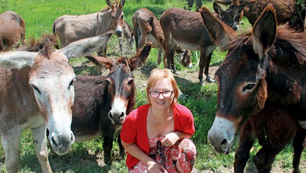 """Valerija Vale Verhovnik: """"Ne, osli niso trmasti, so pametni"""" (foto: Primož Predalič)"""
