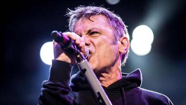 Pevec skupine Iron Maiden Bruce Dickinson bo izdal avtobiografijo (foto: profimedia)