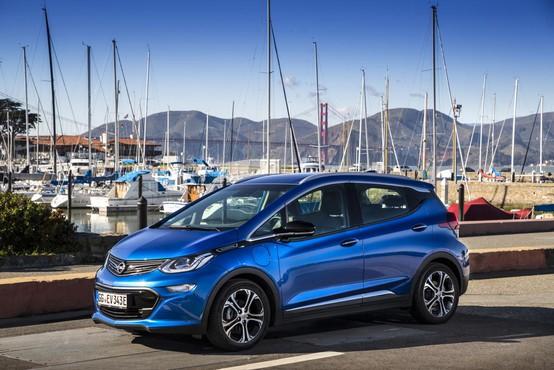 Opel Ampera: Električni američan kot prvi 'ljudski' električni avtomobil