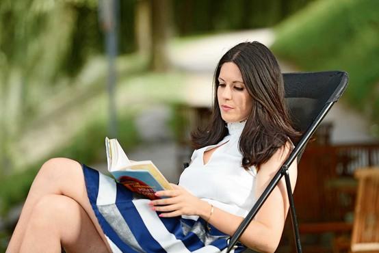 Lara Paukovič: Sploh ne vem, kdaj sem začela pisati ...