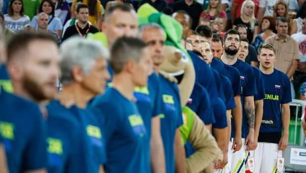 Slovenska košarkarska izbrana vrsta premagala francosko s 95:78 (foto: Anže Malovrh, STA)