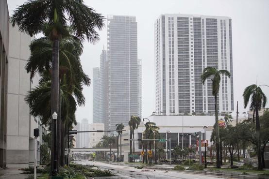 Škoda zaradi divjanja orkana Irma bo velika!
