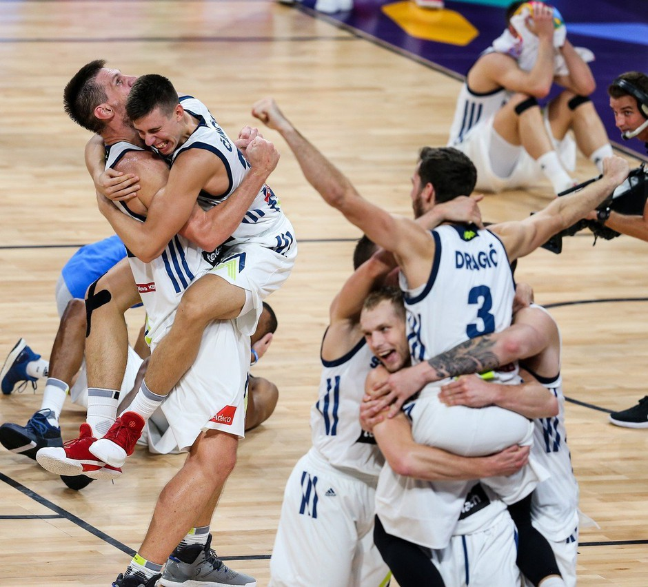 Tekma, ki je bila izziv za ljudi s slabimi živci, Sloveniji prinesla naslov evropskega prvaka! (foto: profimedia)